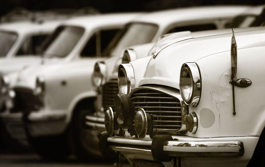 中汽协:中国品牌乘用车市场份额下降