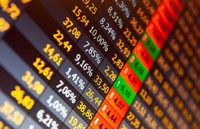 纽约股市三大股指12日涨跌互现