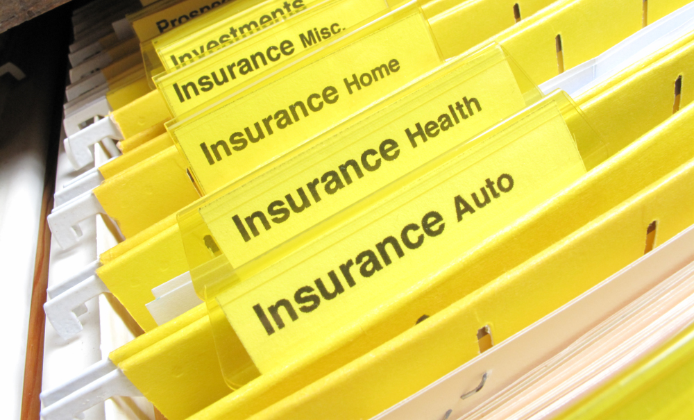 买车险送加油卡 四家大型财险公司被银保监会重罚