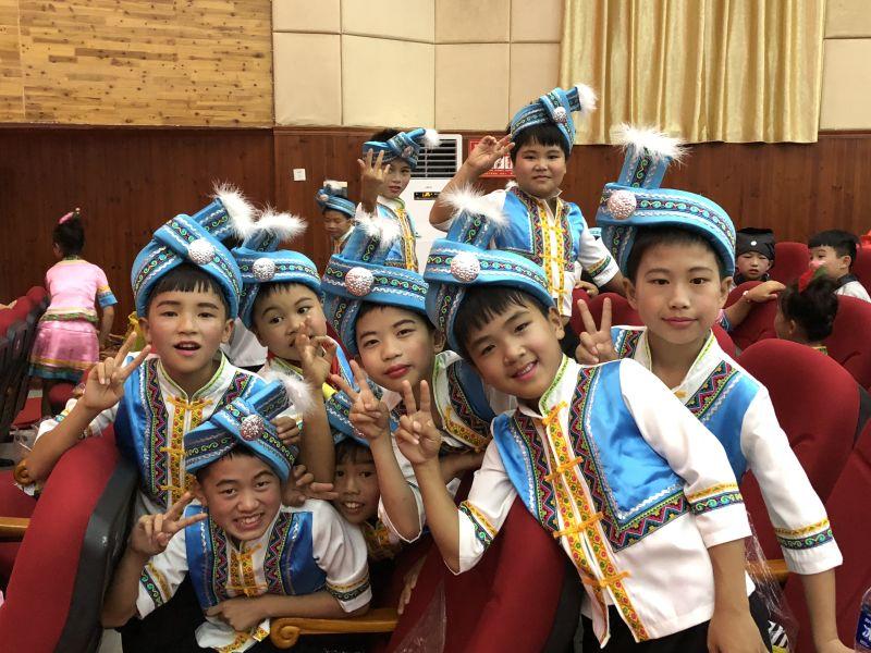 """助力乡村音乐教育 广西融水第二届""""童声飞扬""""音乐节举行"""