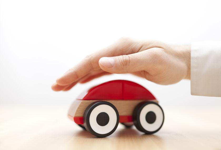 中小财险公司车险现状:56家保费占比竟不足1% 55家综合成本率超100%