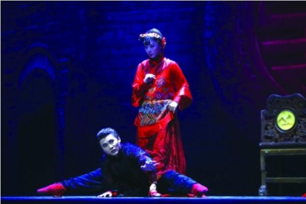 巴金《家》改编舞剧:传达原著精神,创新表达方式