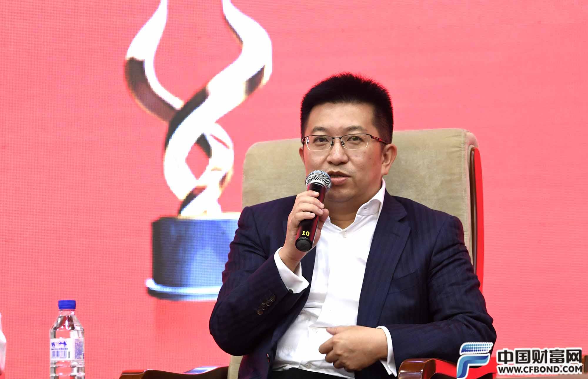 中信信托有限责任公司副总经理 刘寅