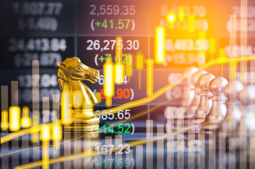 三大股指震荡下行 创业板指跌逾2% 高铁概念股表现强势