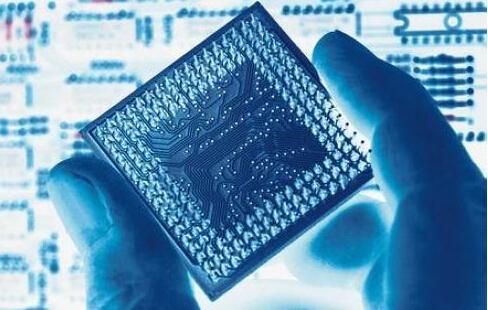 工信部:加快集成电路、5G关键元器件等标准研制