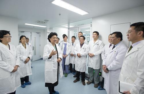 国务院办公厅印发《关于改革完善医疗卫生行业综合监管制度的指导意见》