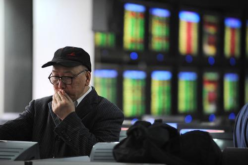 午评:创业板指跌近2% 创2014年底以来新低