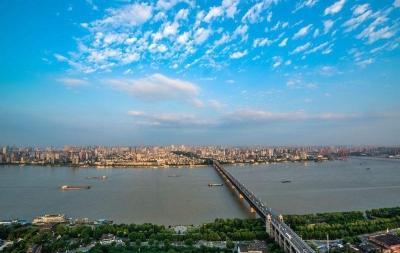 促平衡转动能 推进长江经济带高质量发展