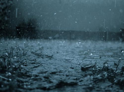 吉林多地降下暴雨 部分水库超汛限水位运行