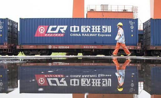 China-Europe freight trains make 10,000 trips