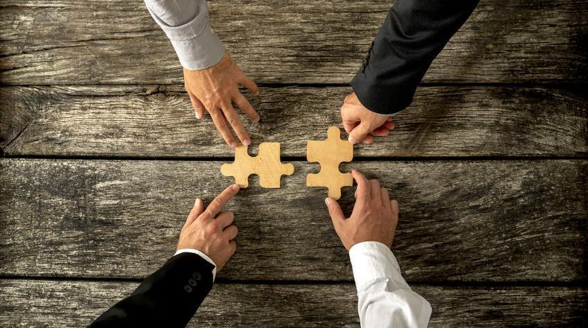 上半年并购重组市场保持活跃 战略新兴产业受追捧