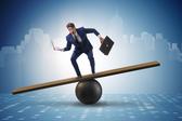万家新三板公司半年报业绩平稳增长 上半年整体杠杆率为52.67%