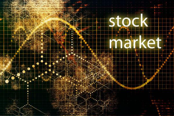 券商板块拉升 上证50指数积极上攻 沪深两市发力上涨