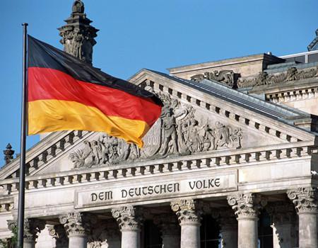 德国政府向议会提交2019年零赤字财政预算案
