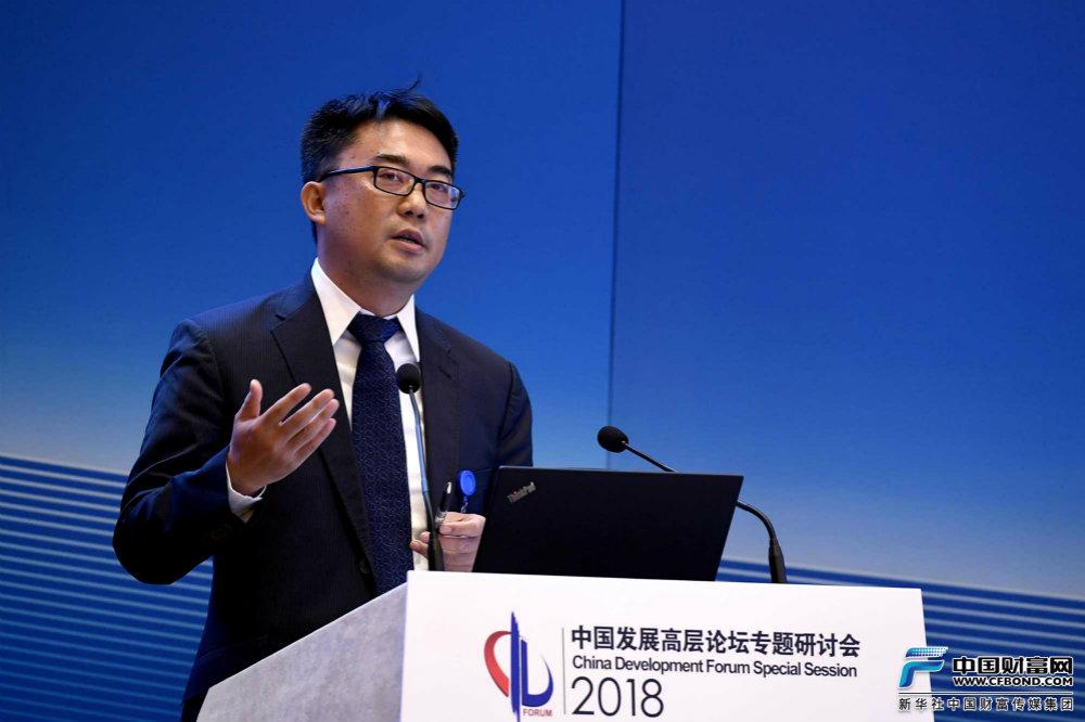 中国银行保险监督管理委员会国际部负责人范文仲发言