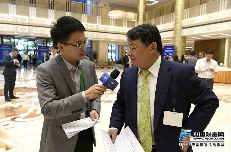 中国财富网记者现场采访IDG资本全球董事长熊晓鸽