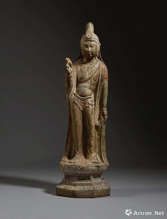唐代石灰石雕菩萨立像 433.4万美元纽约蘇富比