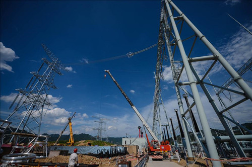 China's power consumption up 8.8% in August