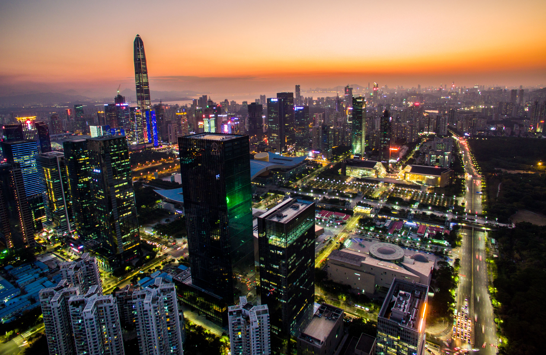 改革开放的精神从未褪色——三代企业家眼中的深圳