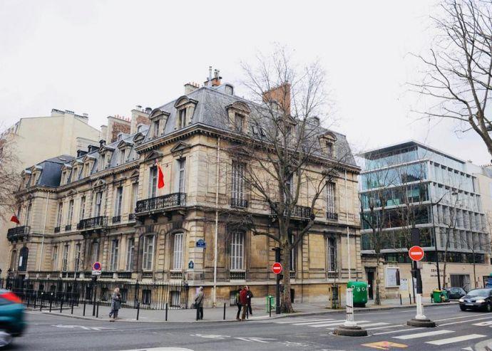 美酒伴月 五粮液相约巴黎中国文化中心中秋晚会