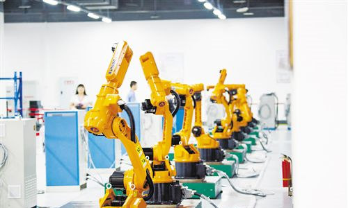 China sees fast-growing intended investment in high-tech sectors