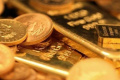 纽约黄金期价27日比前一交易日下跌11.7美元