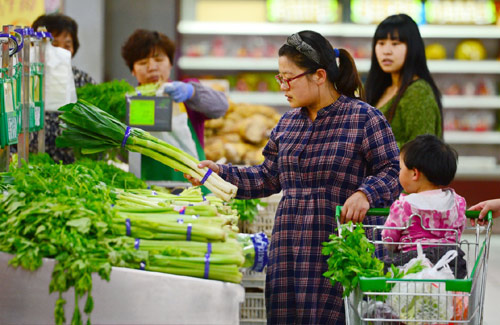 Economic Watch: China's consumer price index keeps ticking up, but not worries about rising inflation risk