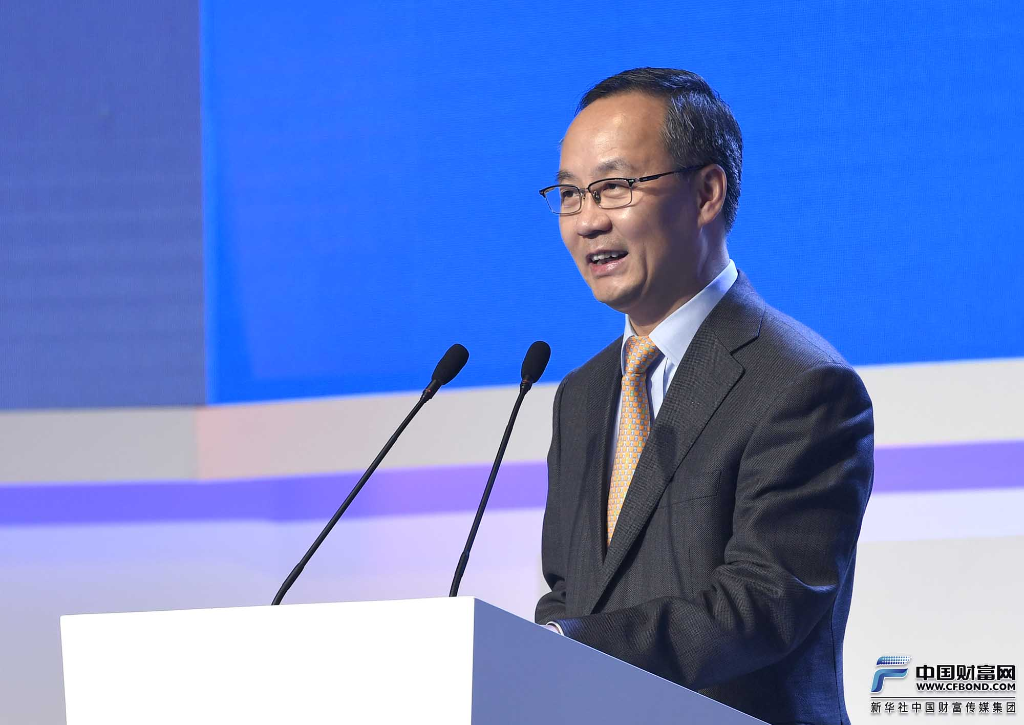 主持人:四川省人民政府副省长李云泽