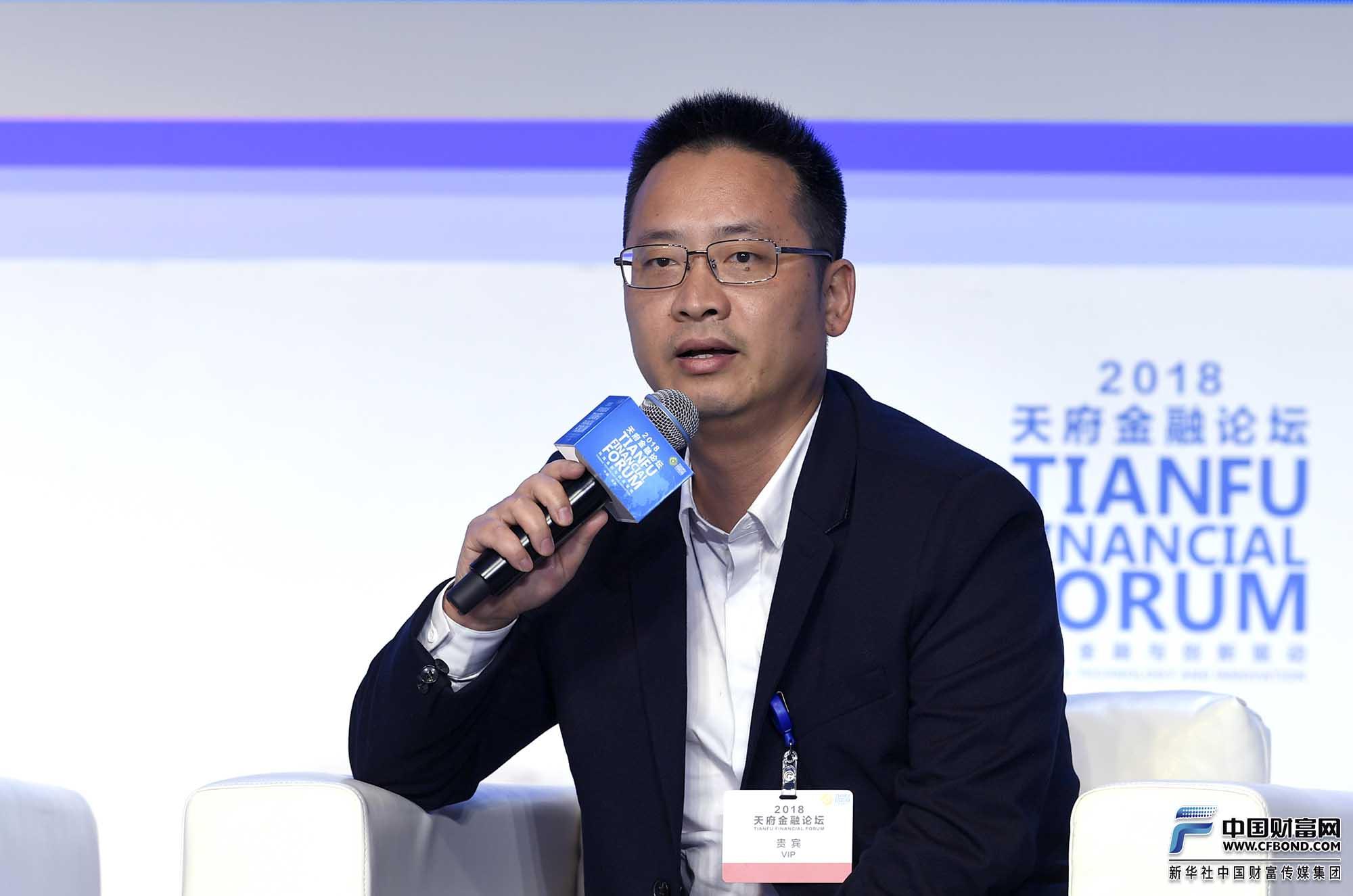 天使投资人、盈盈集团董事长兼 CEO叶进武