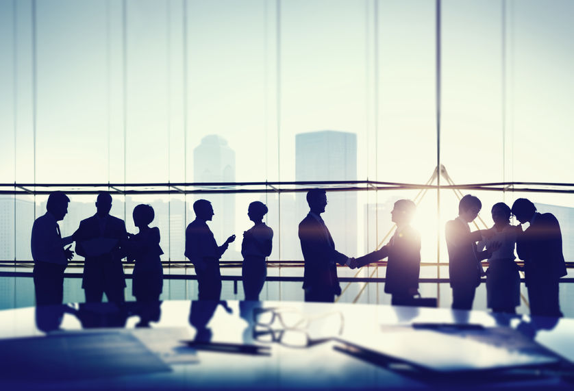 北京十家银行券商倡议:增加民营企业信贷投放 支持民企发行债券