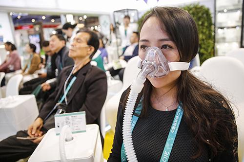 """氢气促健康?带你了解进博会医疗""""黑科技"""""""