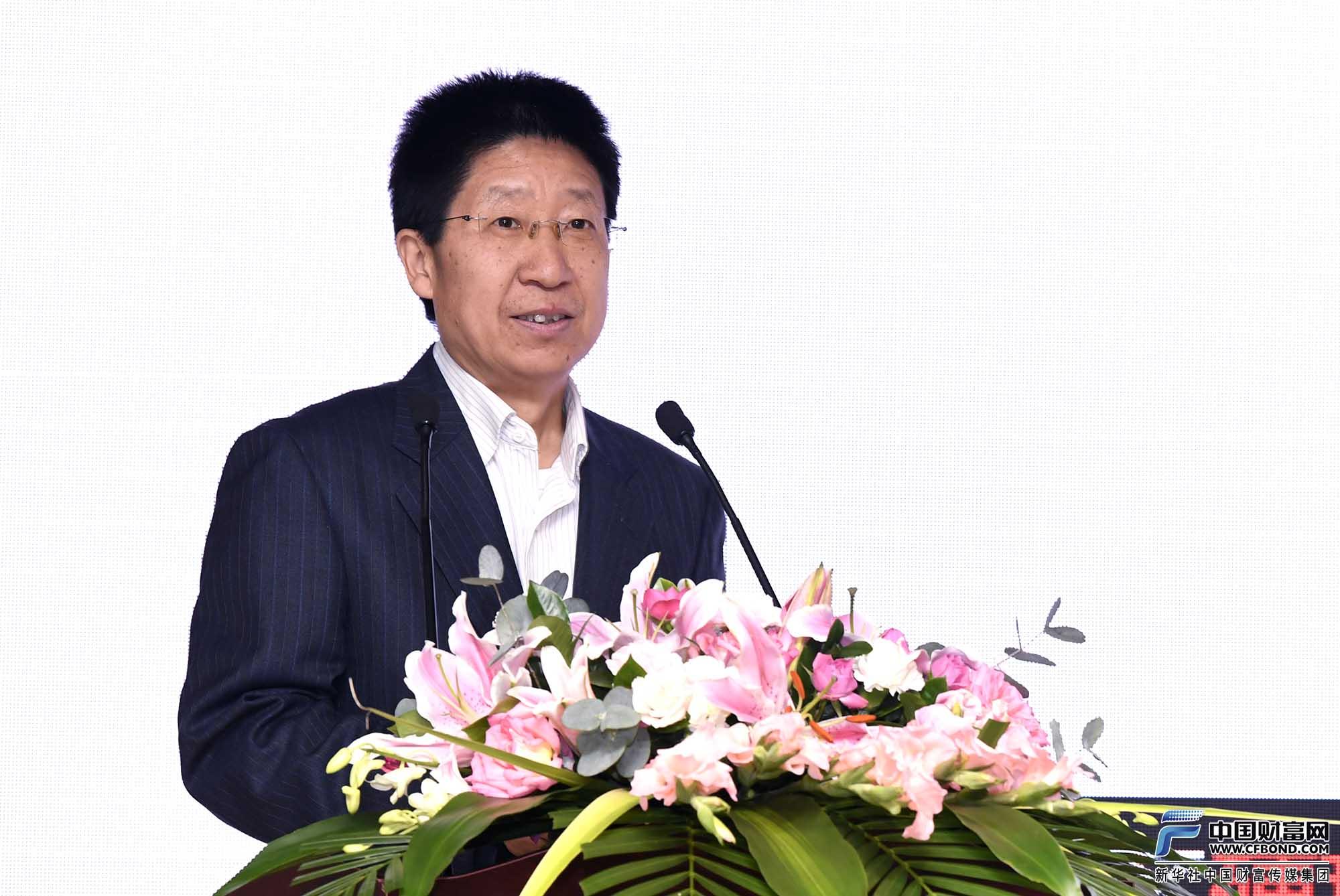 中国证券报副总编辑、中国财富网总编辑孔雪松发布东、中、西部地区营商环境前五名
