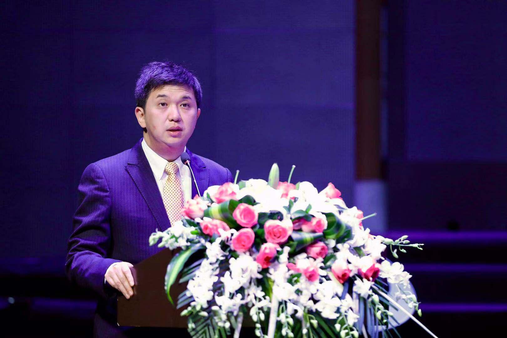 证券业分析师金牛奖评委会委员、金涌资本总经理林暾发表演讲