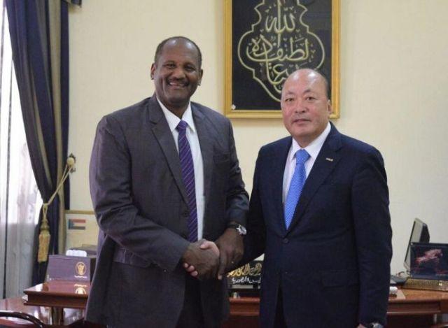 苏丹共和国总统助理阿布德·拉赫曼会见天狮集团董事长李金元