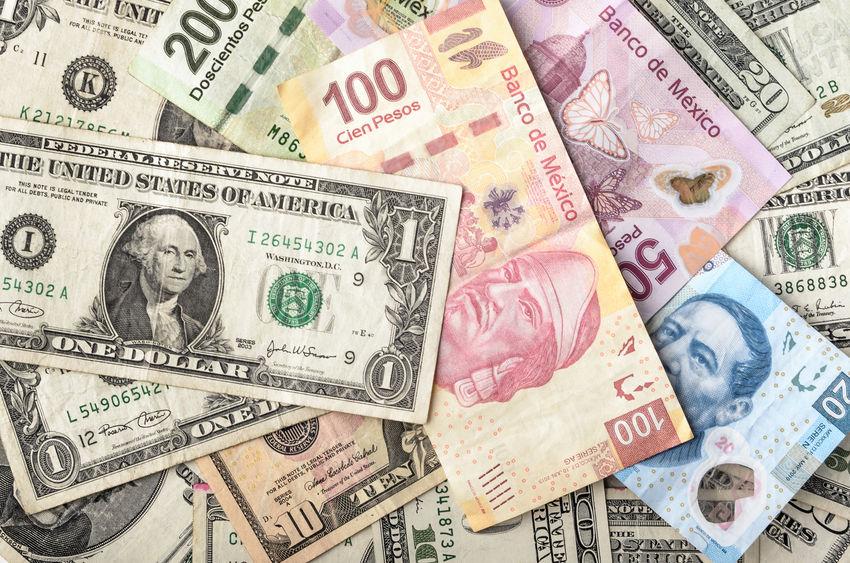 外汇局:10月中国外汇市场总计成交17.42万亿元人民币