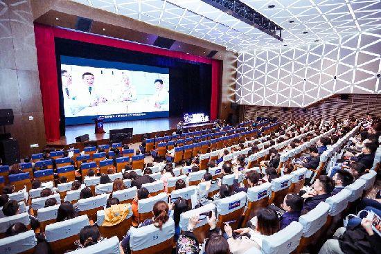 扬子江药业集团荣获上海医务青年管理论坛特别奖