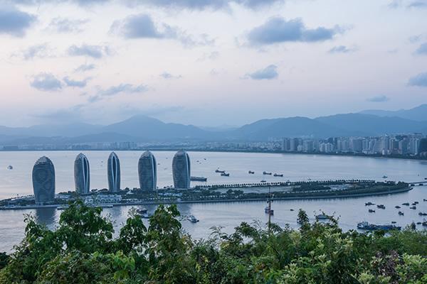 海南省:多举措优化营商环境