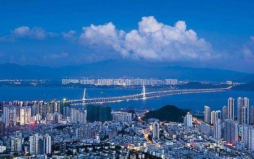 粤港澳大湾区科技协同创新 打造全球科技创新高地