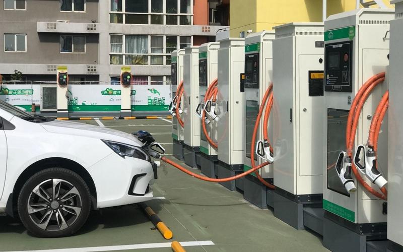 乘联会:车企盲目追求新能源 对产业发展有害