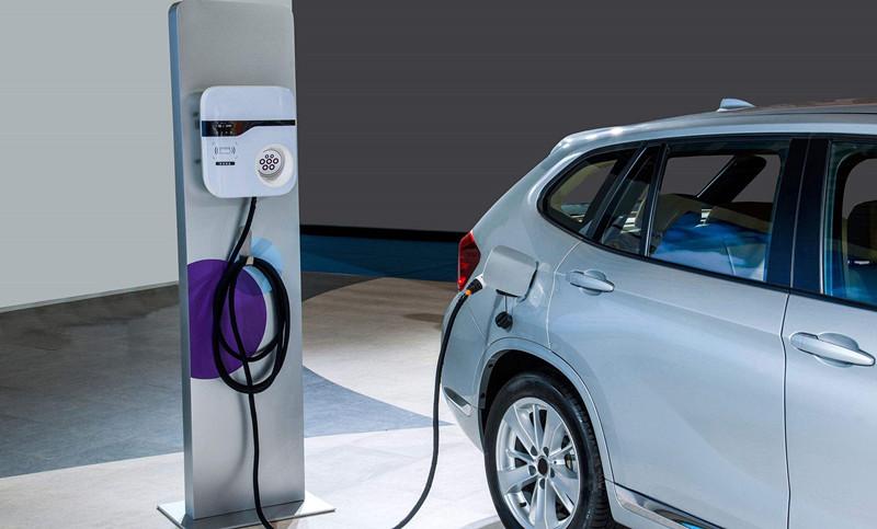 发改委:严格控制新增传统燃油汽车产能