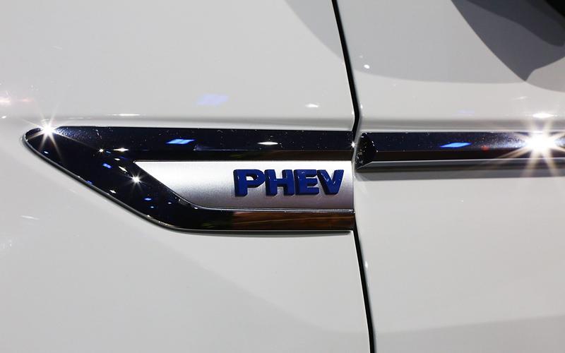 崔东树:插电式混动在消费端仍属新能源汽车