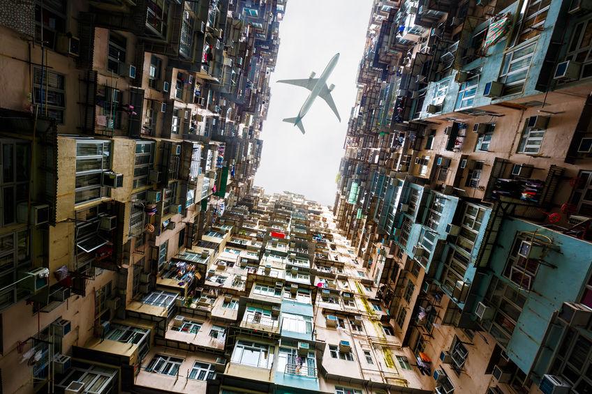 机构认为香港楼市调整态势难改