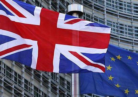 英国脱欧协议惨败 英镑震荡