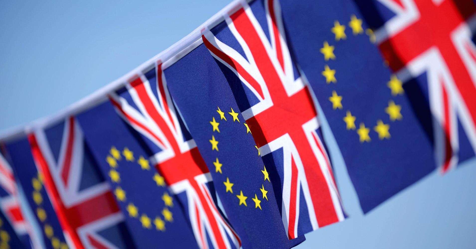 """英议会下院否决""""脱欧""""协议"""