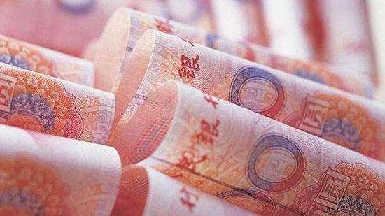 15日人民幣對美元中間價上調121個基點