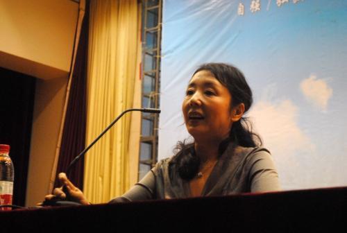 台北文学季3月开跑 严歌苓将赴台分享创作经历