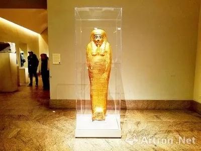 美国纽约大都会艺术博物馆归还埃及被盗文物