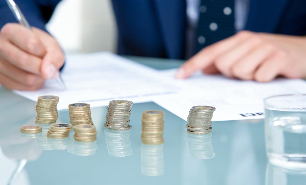 银保监会:2019年普惠型小微企业贷款力争实现余额同比增长30%以上