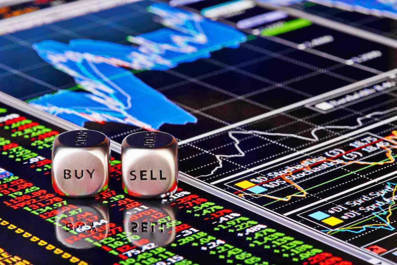 """两龙头股遭""""卖出""""评级 市场人士:勿过分解读"""