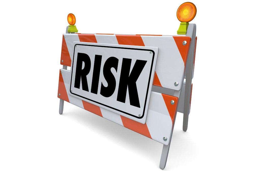 """""""爆炒股""""成因复杂 专家建议各方多提示风险"""